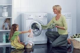Các chất liệu tốt nhất cho quần áo trẻ sơ sinh